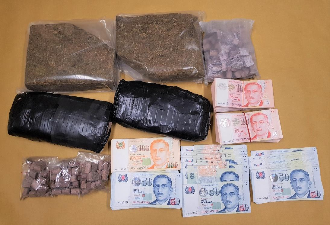 Drugs and cash recovered during CNB operation on 24 Aug 18